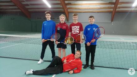Schulmannschaft_Knaben_Tennis